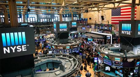 Stock Market Investors  Adjust to Wild Volatility