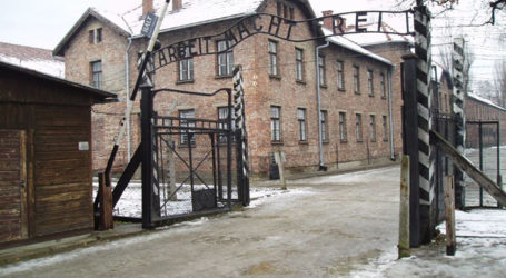 "Poland Denies that Controversial ""Holocaust Law"" Has Been Suspended"