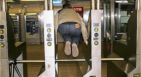New Policy Nixes Prosecution  for NYC Turnstile Jumpers