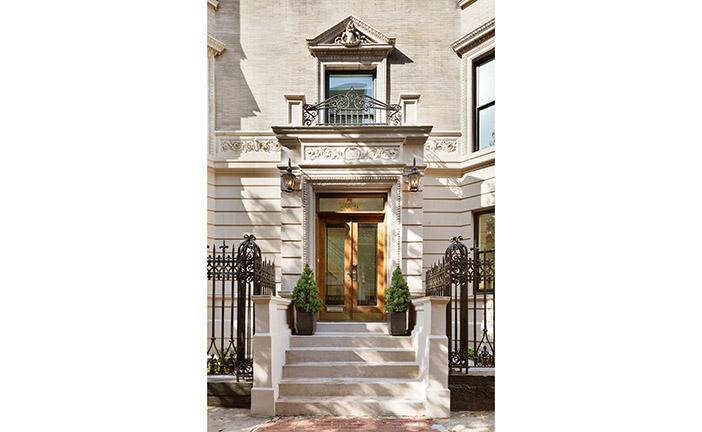 Manhattan landlords offering concessions as rental average for Douglas elliman real estate manhattan