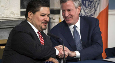DeBlasio Names New Schools Chancellor After First Choice Resigns