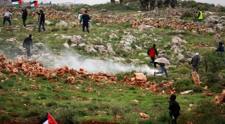 Hamas Terrorists Violently Attack Israeli Security Fence; 6 Weeks of Chaos Expected