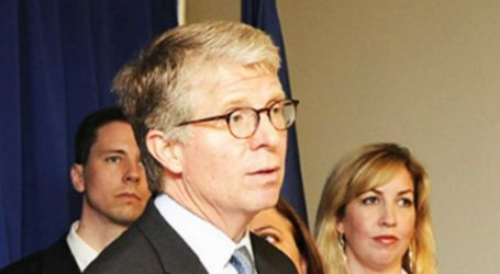 DA Cyrus Vance Agrees to Hand Schneiderman Case Off to Cuomo's Special Prosecutor