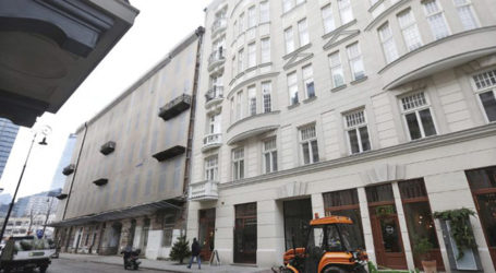 Poles Protest US Bill Demanding Restitution of Jewish Property