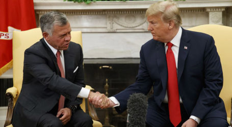 Trump Meets Jordan's Abdullah as US Prepares to Unveil Mid-East Peace Plan