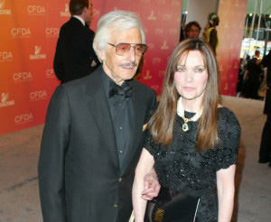 Oleg Cassini's Widow Behind Bars in NY; Still Fighting for Millions