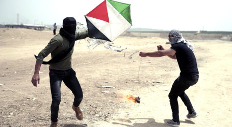 Kite Attacks on Gaza Border Soar; Hundreds of Dunams of Land Set Ablaze