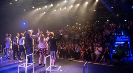 Israeli Deaf Actors Present 'Children of a Lesser God'