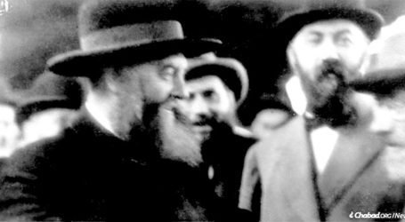 Battled Hitler, Killed by the Soviets, Chassidic Latvian Politician's Bio Now in English