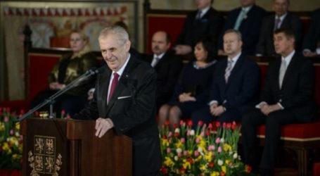 Czech PM, Ministers Back President's J'slm Embassy Pledge